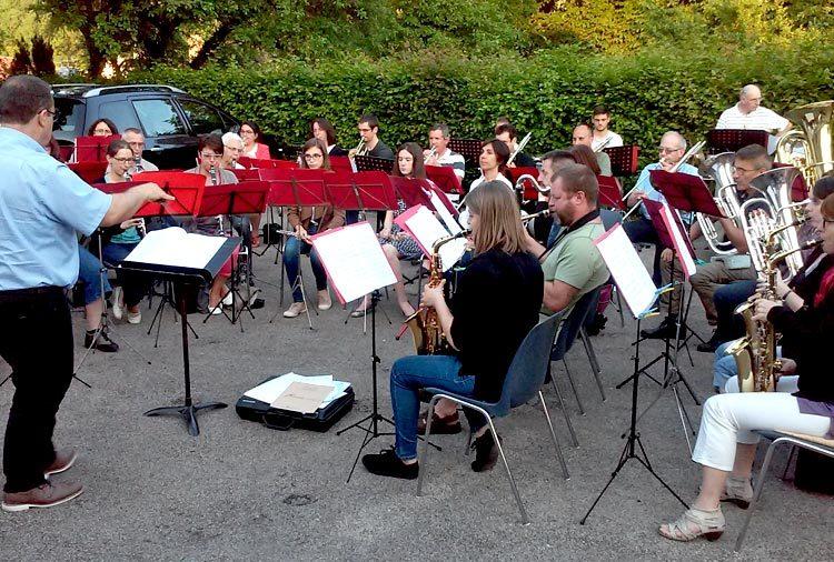 concert-en-plein-air-tallenay