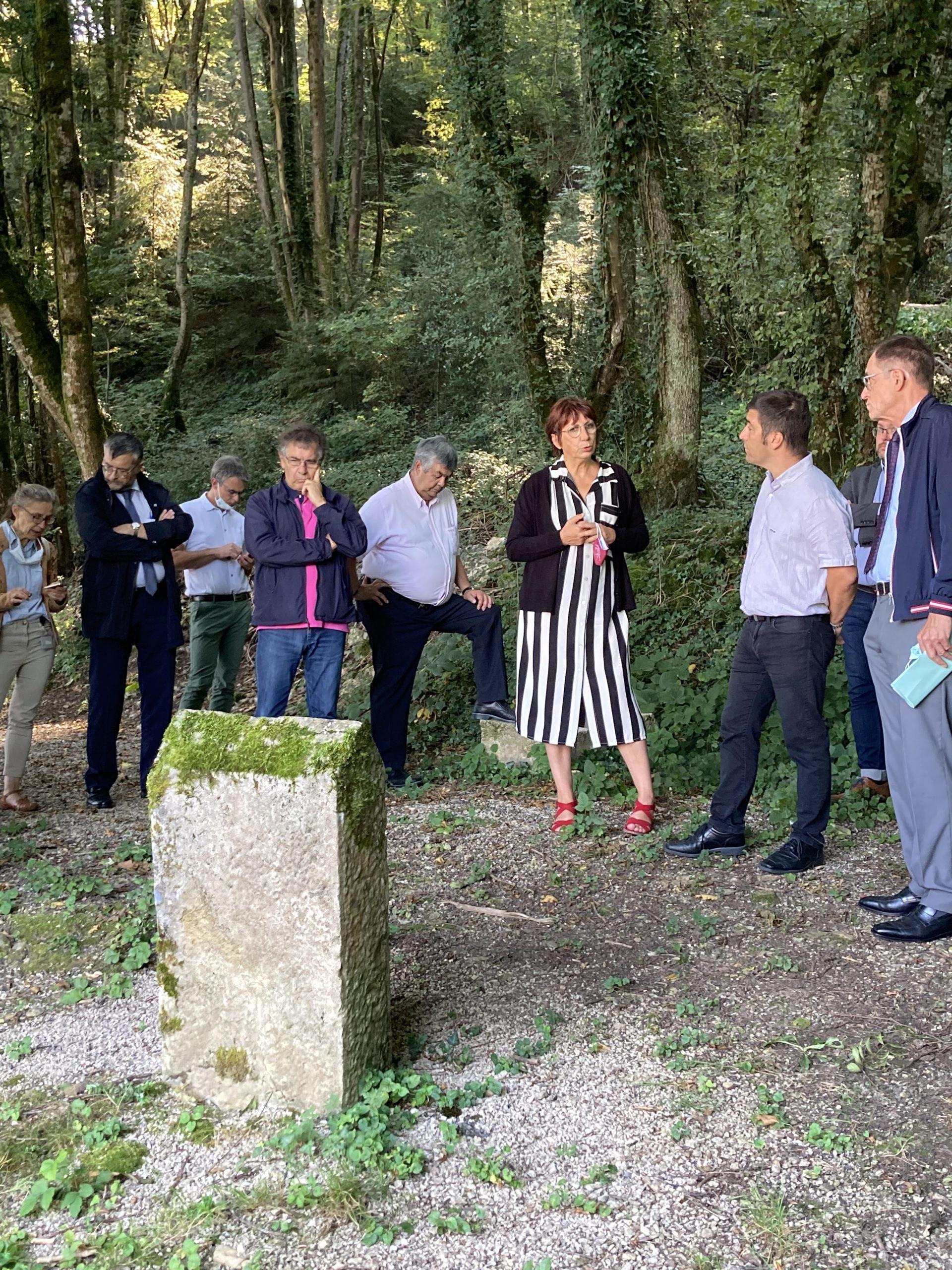 La présidente de Grand Besançon métropole au village
